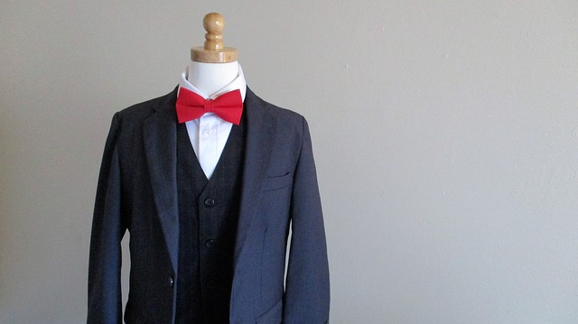 red-bow-tie-2806401_640