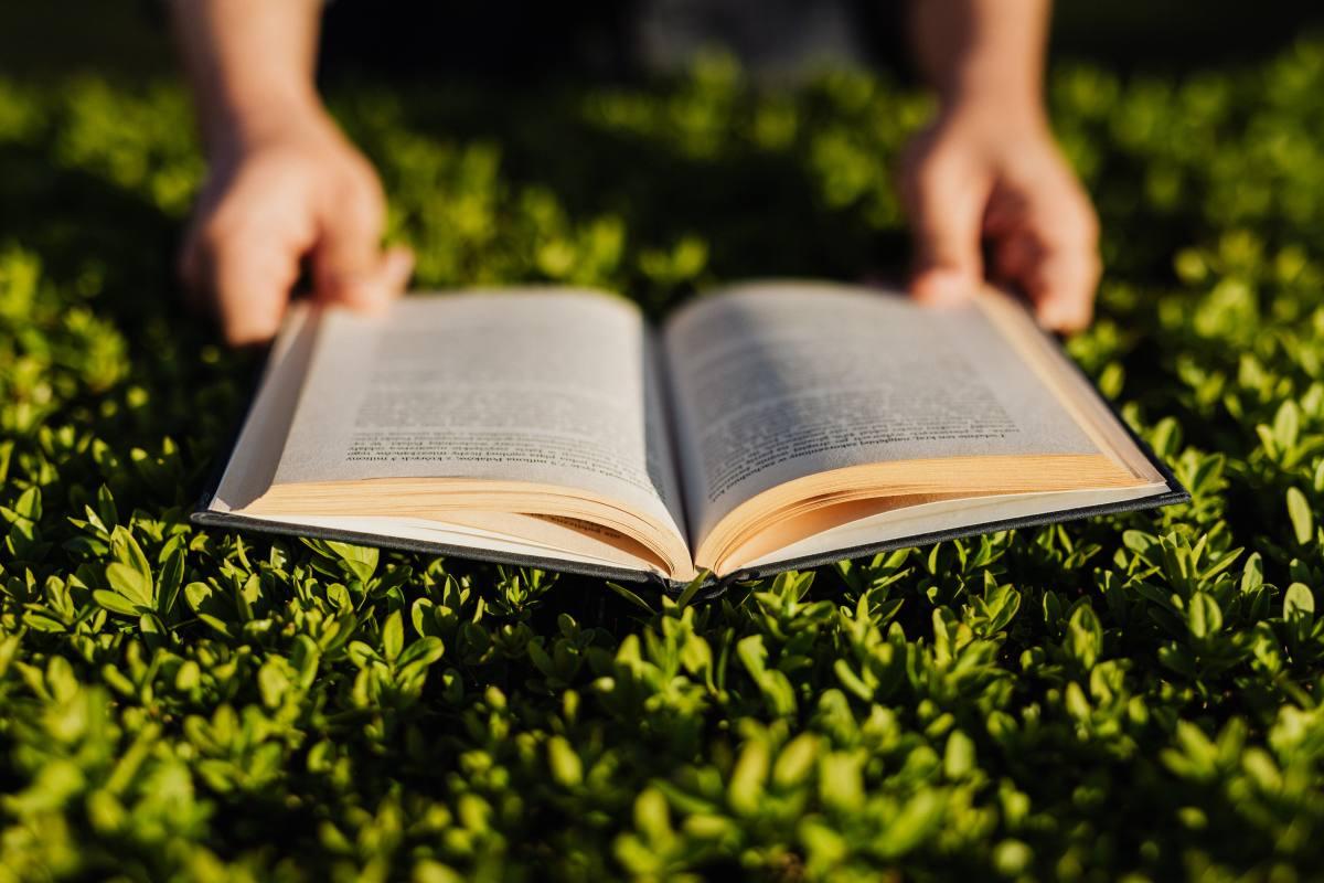【雅思閱讀】總是感覺「時間不夠」嗎?學會這7個雅思閱讀技巧,幫你一次抓重點、拿高分